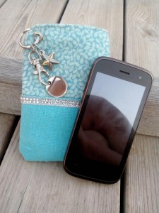 etui-telephone-portable-jeton-caddie