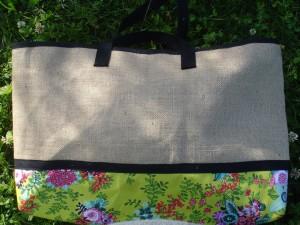 sac-de-plage-toile-de-jute-doublure-coton-fleuri-2