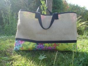 sac-de-plage-toile-de-jute-doublure-coton-fleuri