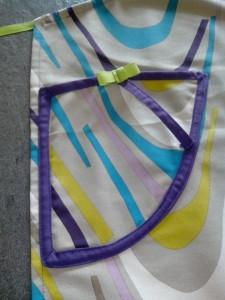 tablier-mutlicolore-poche-attrape-torchon