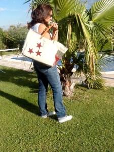 xxl-bag-blanc-etoiles-rouges-3
