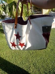 xxl-bag-blanc-etoiles-rouges-8